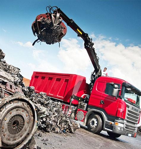 Вывоз мусора ломовозом в Саратове